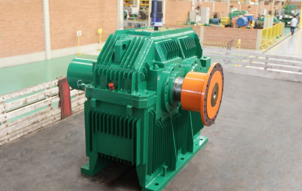 Services in gearboxes of any model and manufacturer